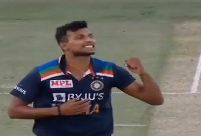 Yorker King Natrajan First Wicket Cricket Status Video